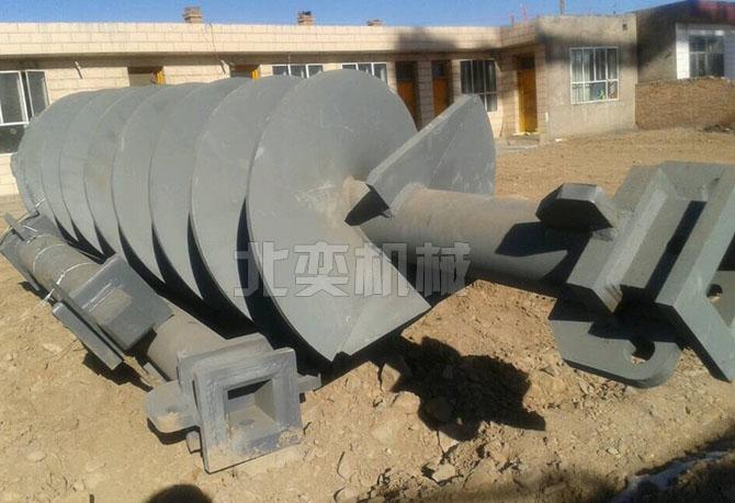 龙8国际螺旋钻机甘肃施工现场